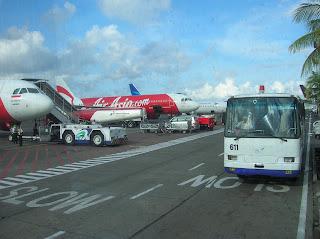 Aeropuerto de Ngurah Rai,  Aeropuerto de Denpasar, Isla de Flores, Isla de Bali, vuelta al mundo, round the world, La vuelta al mundo de Asun y Ricardo