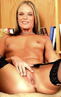 twerking girl - sexygirl-1009-732066.jpg