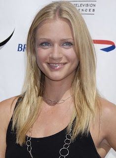 A J Cook Hairstyle Pictures - long blonde hairstyle ideas for girls