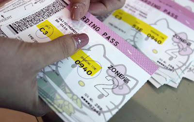 boarding pass de hello kitty