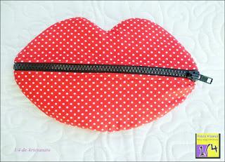 Estojo beijo cereja