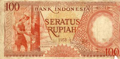 Foto gambar uang kuno bersejarah 100 seratus rupiah bank indonesia