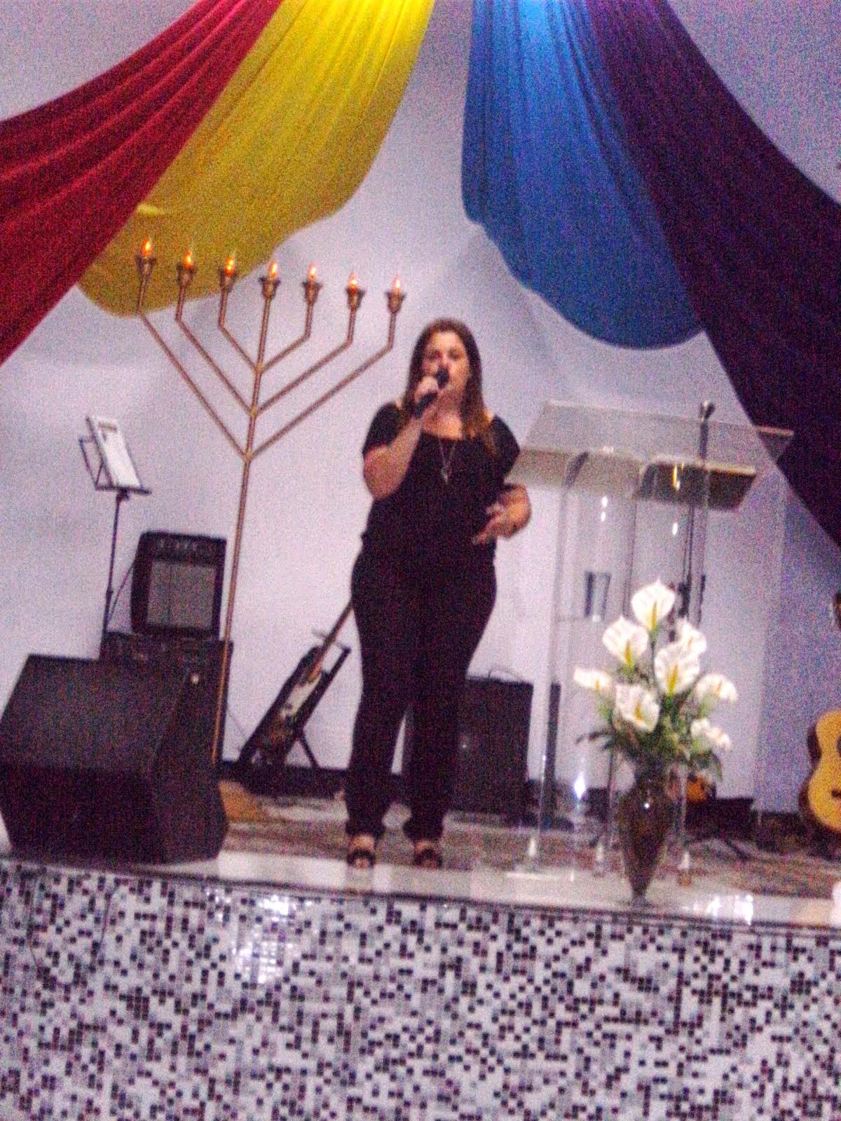 Encontro de Jovens - Debaixo da tenda do Senhor