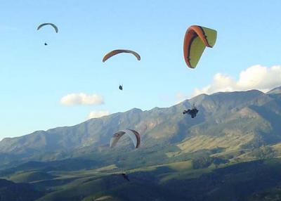 Pilotos de Parapente da Serra do Caparaó