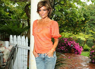 Lisa Rinna Photoshoot Pictures
