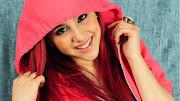 Personagens. Ariana Grande uma garota linda sonhadora seu maior sonho ? ser . (ariana grande )