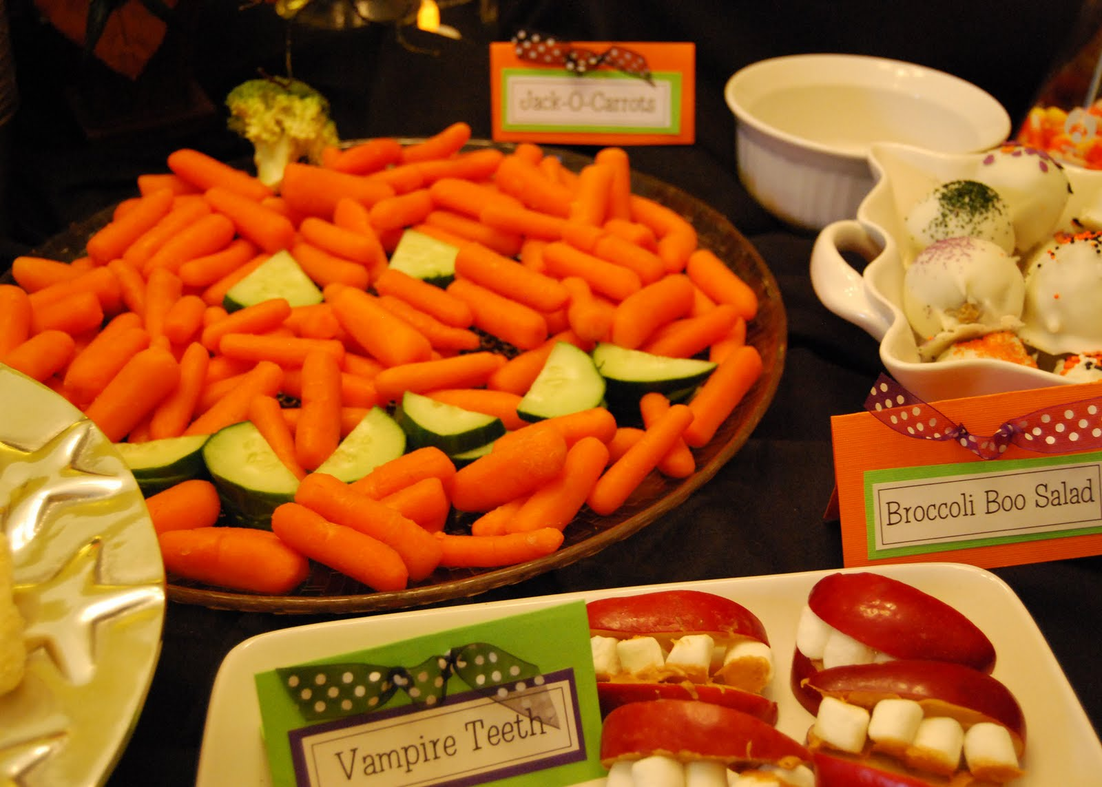 Momfessionals: Halloween Party: Food