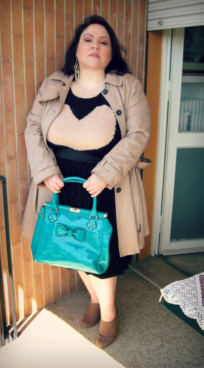 outfit con maglione plus size ax paris curve con cuore
