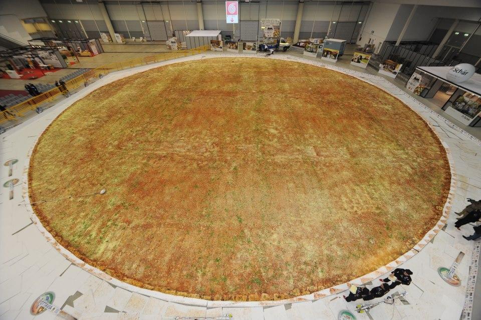 Maldito gluten rompen en italia r cord guinness de la for Mundo pizza la algaba