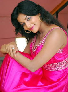 Anitha Reddy Hot Cleavage pics