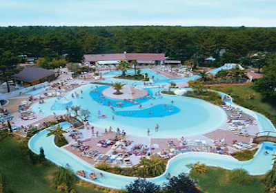 Leguas de viajes asequibles a las landas con for Camping en las landas con piscina cubierta