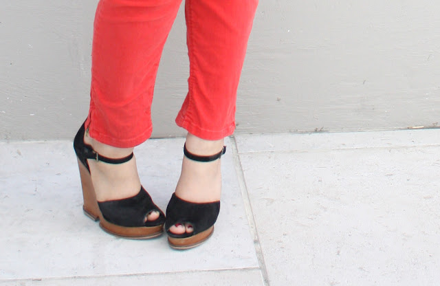 Sam Edelman Javi Wedges & Red Jeans - Daily Outfit 061611