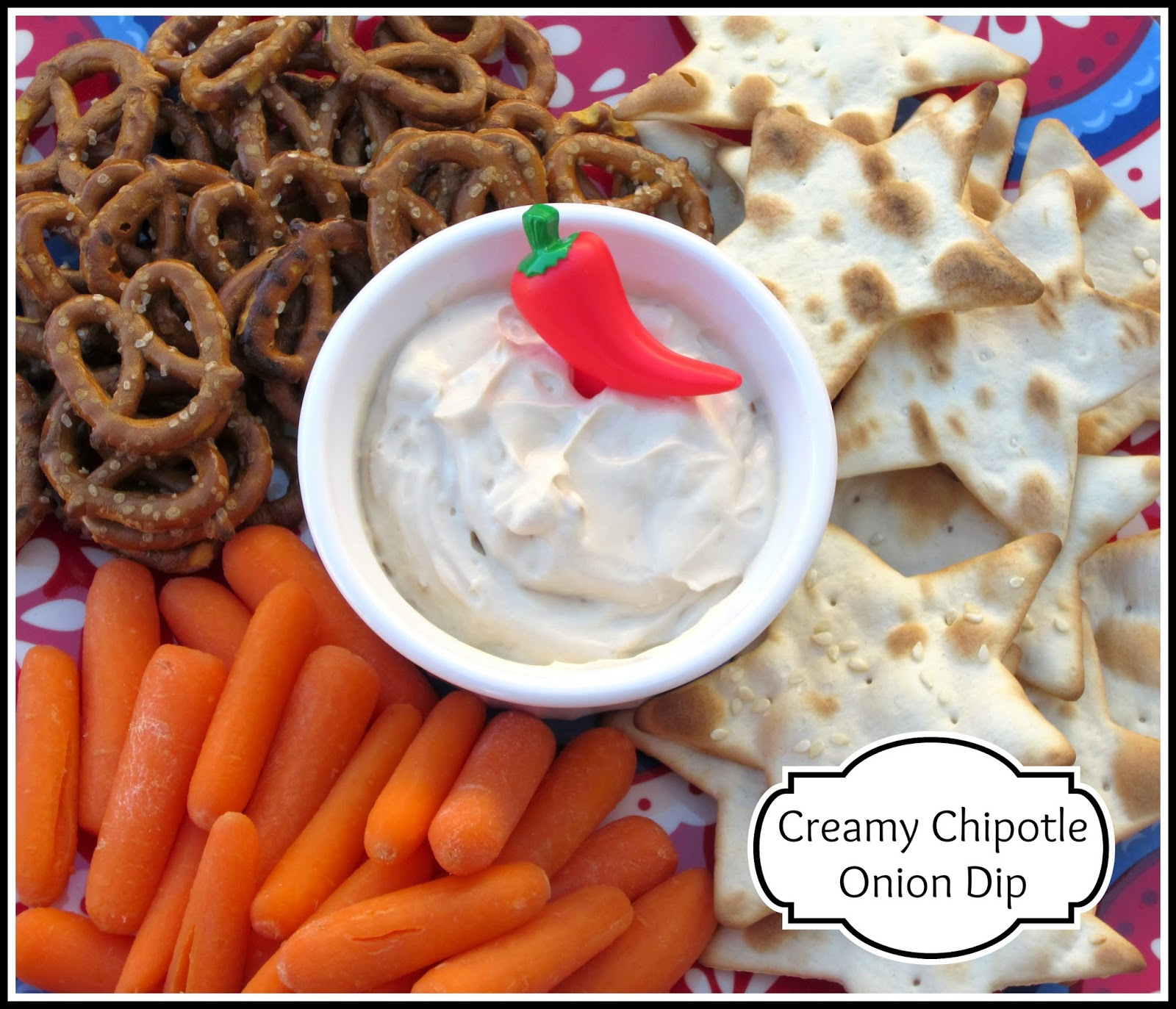 Creamy Chipotle Onion Dip #TabascoHellmanns {Recipe}