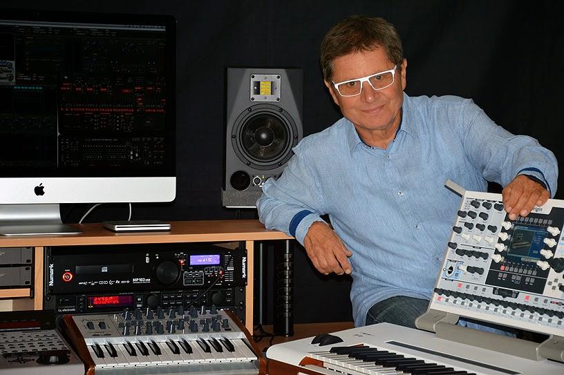 Zanov aujourd'hui, dans son studio / photo : Ninou