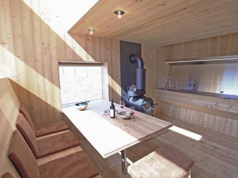 Gambar Desain Rumah Panggung Kayu Model Minimalis Sederhana 16