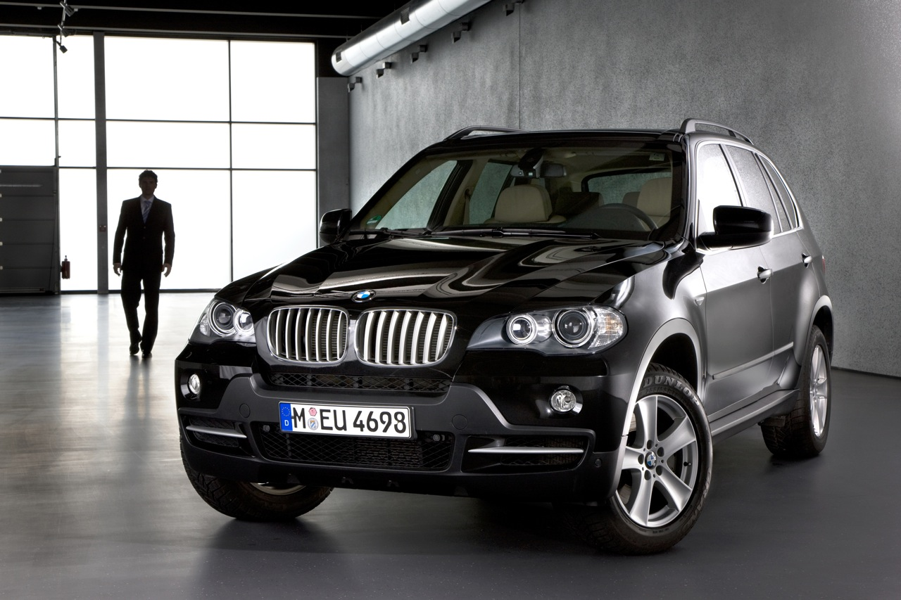 black bmw x5 wallpaper