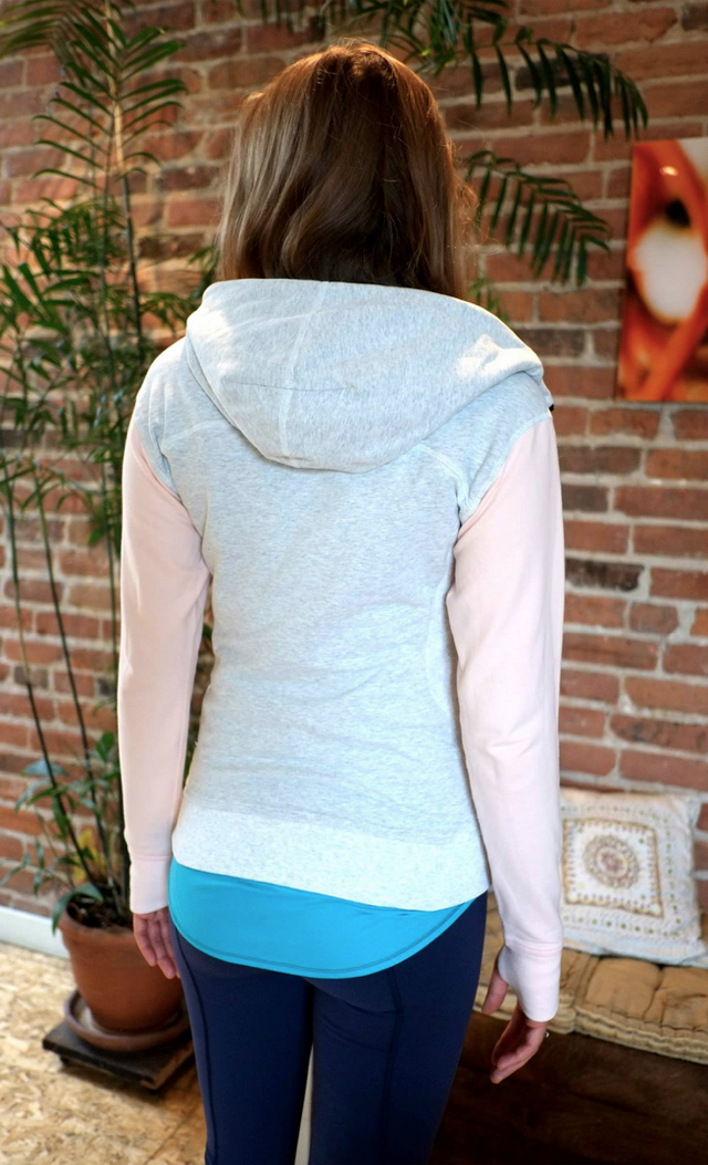 http://www.anrdoezrs.net/links/7680158/type/dlg/http://shop.lululemon.com/products/clothes-accessories/jackets-and-hoodies-hoodies/On-The-Daily-Hoodie?cc=13211&skuId=3595216&catId=jackets-and-hoodies-hoodies