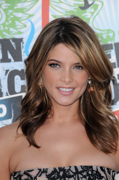 Latest Romance Romance Hairstyles For 2013, Long Hairstyle 2013, Hairstyle 2013, New Long Hairstyle 2013, Celebrity Long Romance Romance Hairstyles 2020
