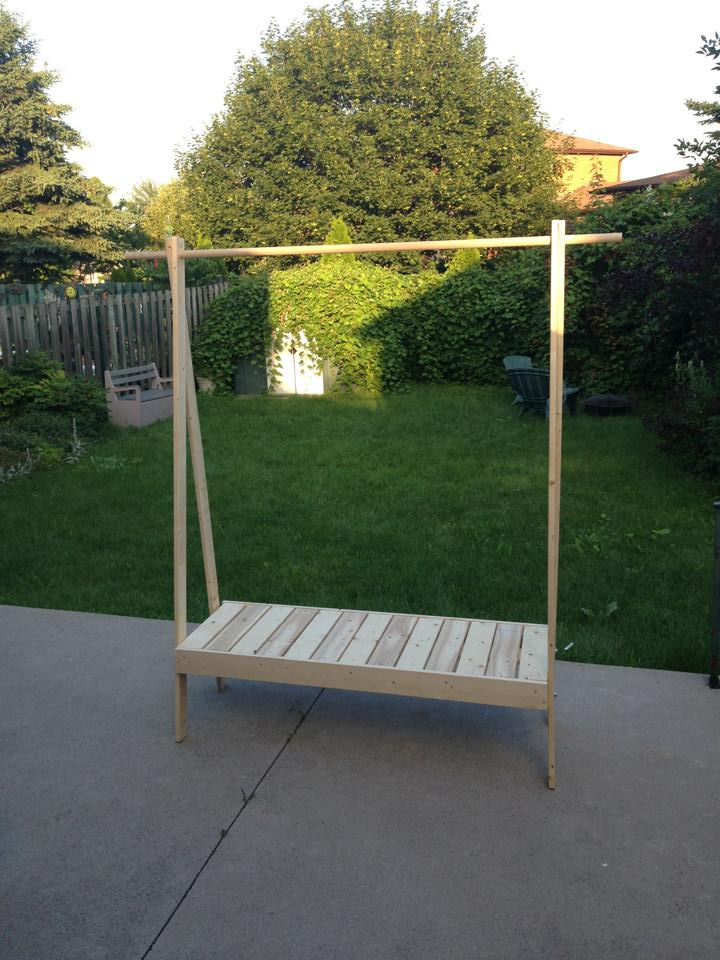 Ten zero nine diy wooden clothes rack