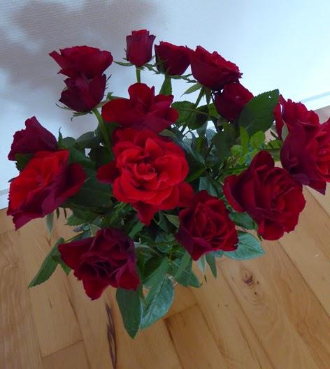 Fødselsdagsbuket af røde roser