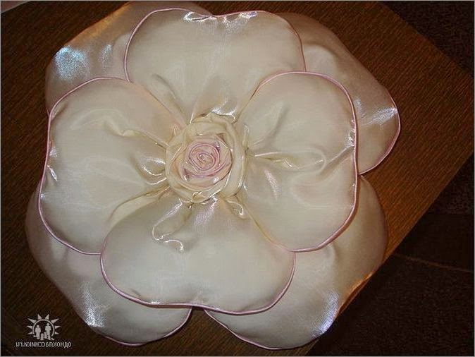 Подушка-цветок.  Pillow flower. DIY tutorial