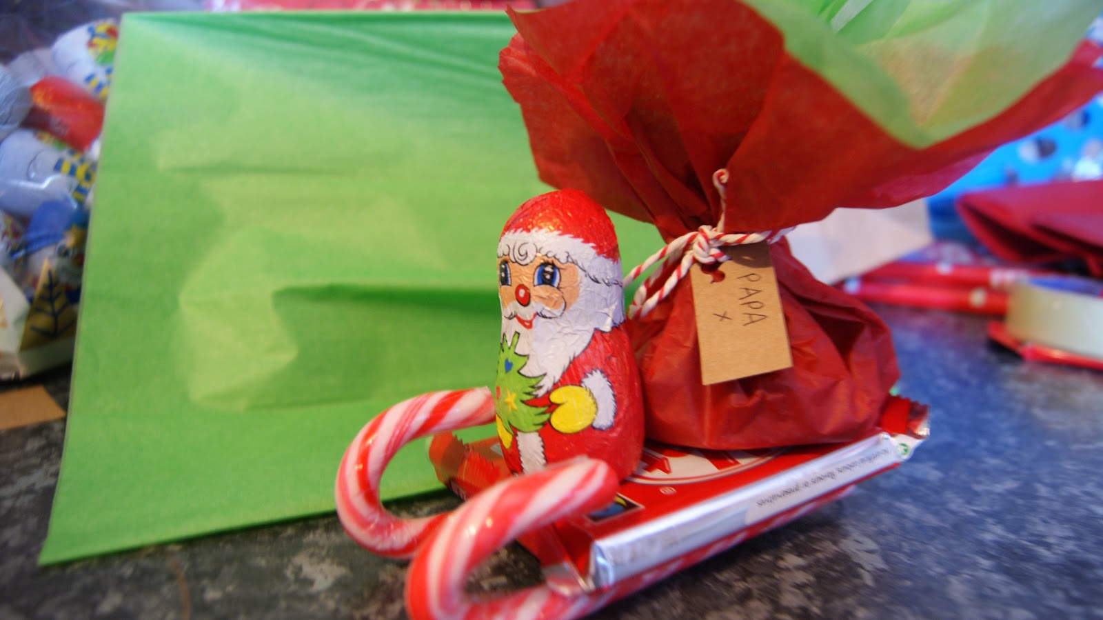The Syders: Christmas On A Budget - Candy Cane Sleighs