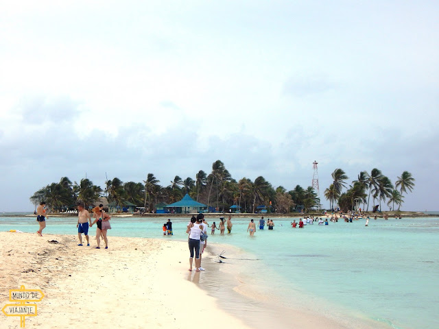Acuario e Haynes Cay