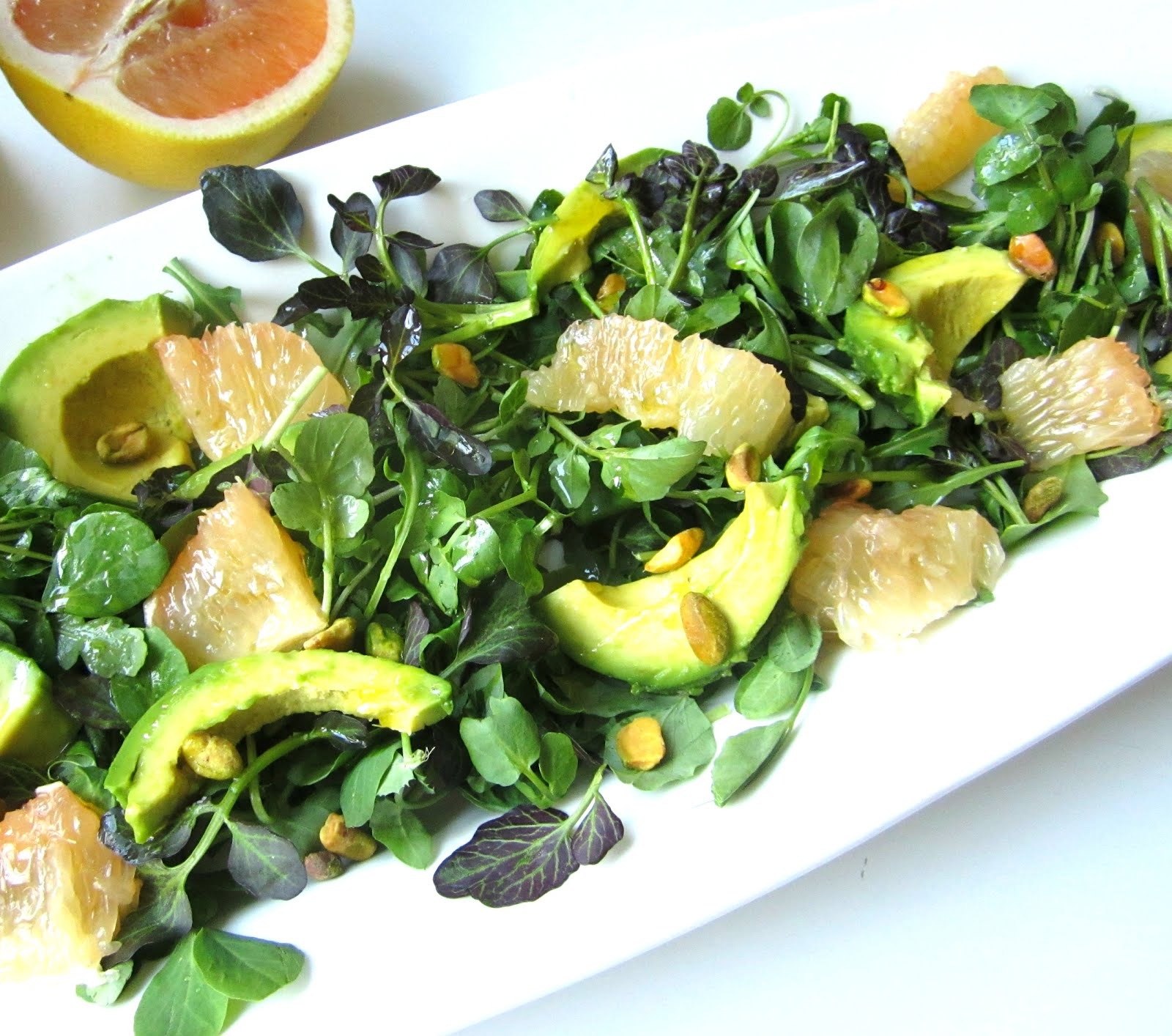Stacey Snacks: Avocado & Grapefruit Salad w/ Pistachios