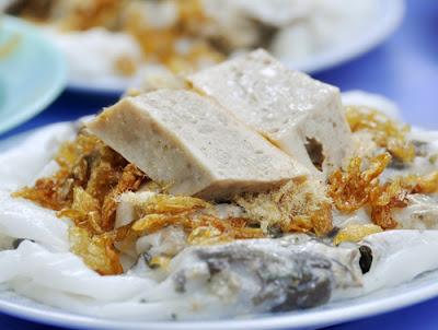 Banh Cuon (Rice Flour Steamed Rolls)