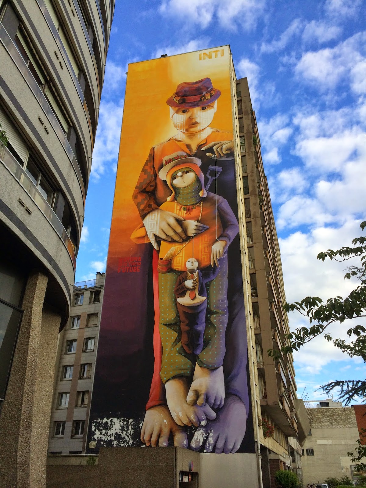 The paris pipeline the street art murals of the 13th for Arrondissement porte d italie
