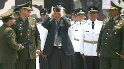 visitó Vargas Llosa el colegio militar en Lima donde fuera alumno aventajado