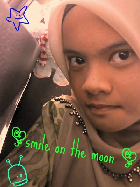 smILe oN thE mOoN