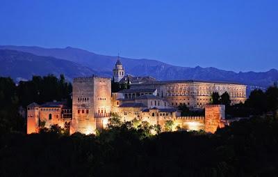 alhambra granada <!  :es  >Redes Sociales me dejan soñar como los califas y me envían al Blogtrip de Granada<!  :  >