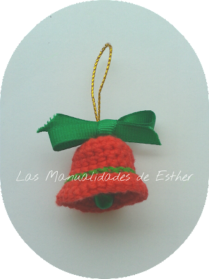 amigurumi campanita colgante arbol de navidad