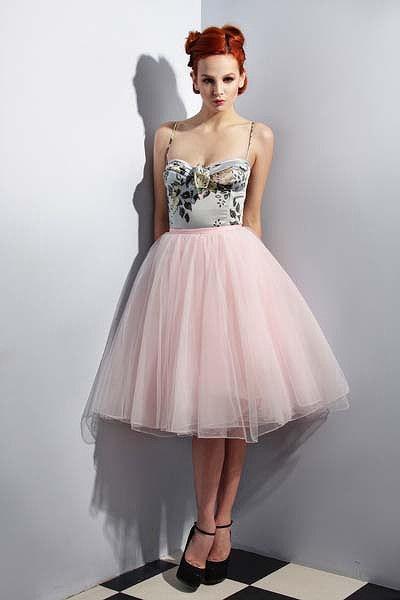 Cool Style Women Skirt Embroidery Short Denim Skirt Fashion Pleated Tutu