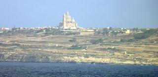 Gozo vista desde Malta.