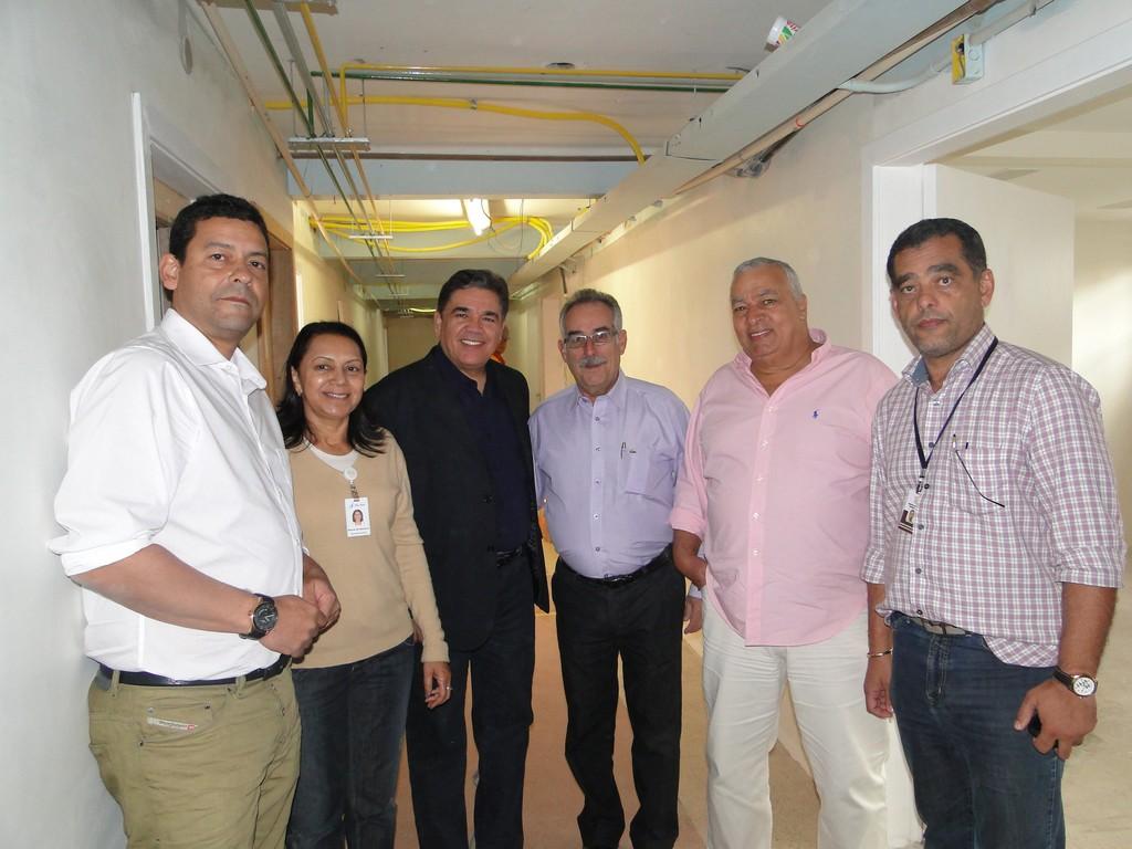 Diretores do HSJ Danilo Lopes, Maria do Socorro Pereira e Neilton Souza com os secretários Carlos Tucunduva, José Carlos Cunha e Marcos Antônio da Luz