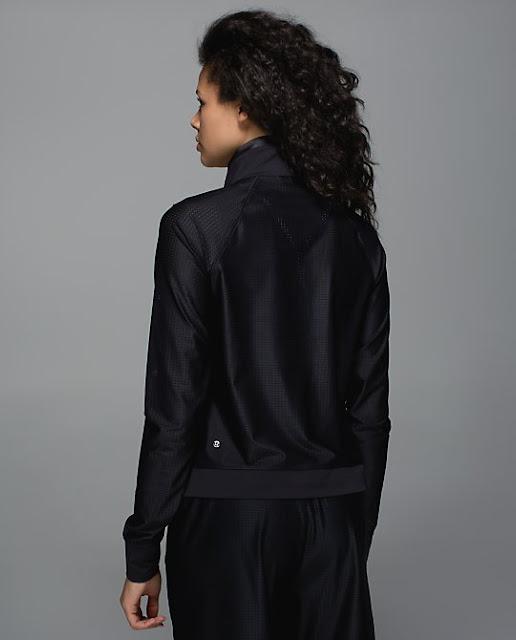 lululemon-sweaty-or-not-jacket black