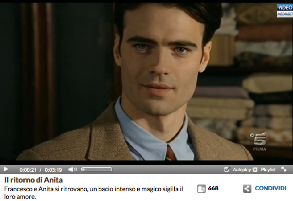 http://www.video.mediaset.it/video/i_segreti_di_borgo_larici/clip_scene/437368/il-ritorno-di-anita.html