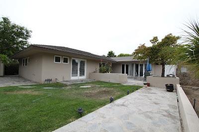 mid-century modern back yard