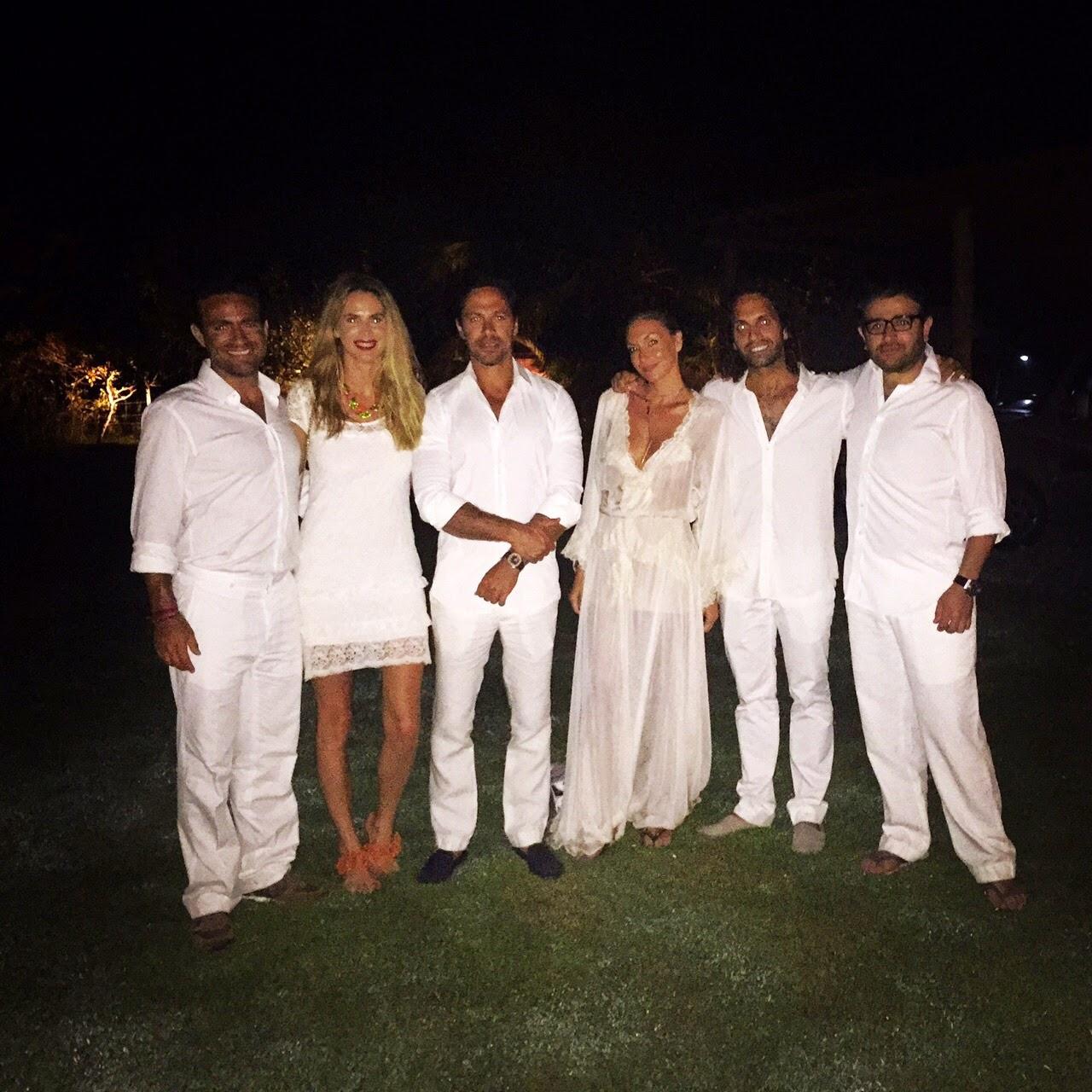 Vestidos De Baño Sol Blanco:Para la ocasión me puse un vestido de brodery de Etiqueta Negra , con
