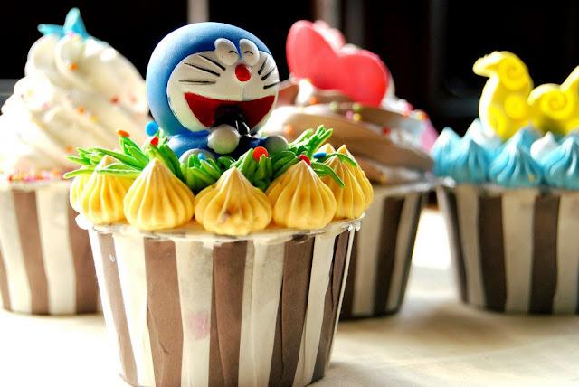 Kawaii babeczka z Doraemonem