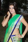 Yamini bhaskar glamorous photos-thumbnail-2