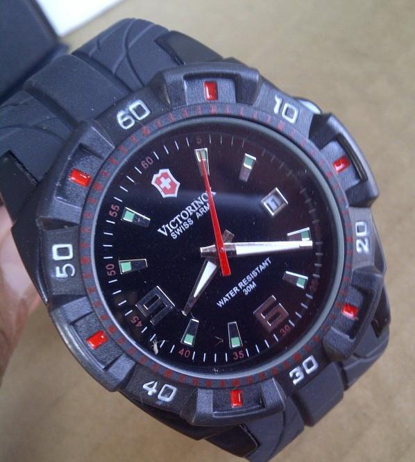 jam tangan victorinox on ... tangan online,Toko grosir jam tangan: Jam tangan Swiss Army Victorinox