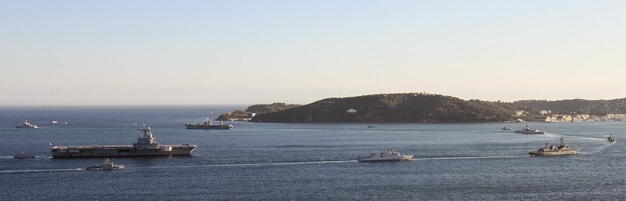 La Marine Royale à la revue navale de Toulon - 15 août 2014 IMG_4952