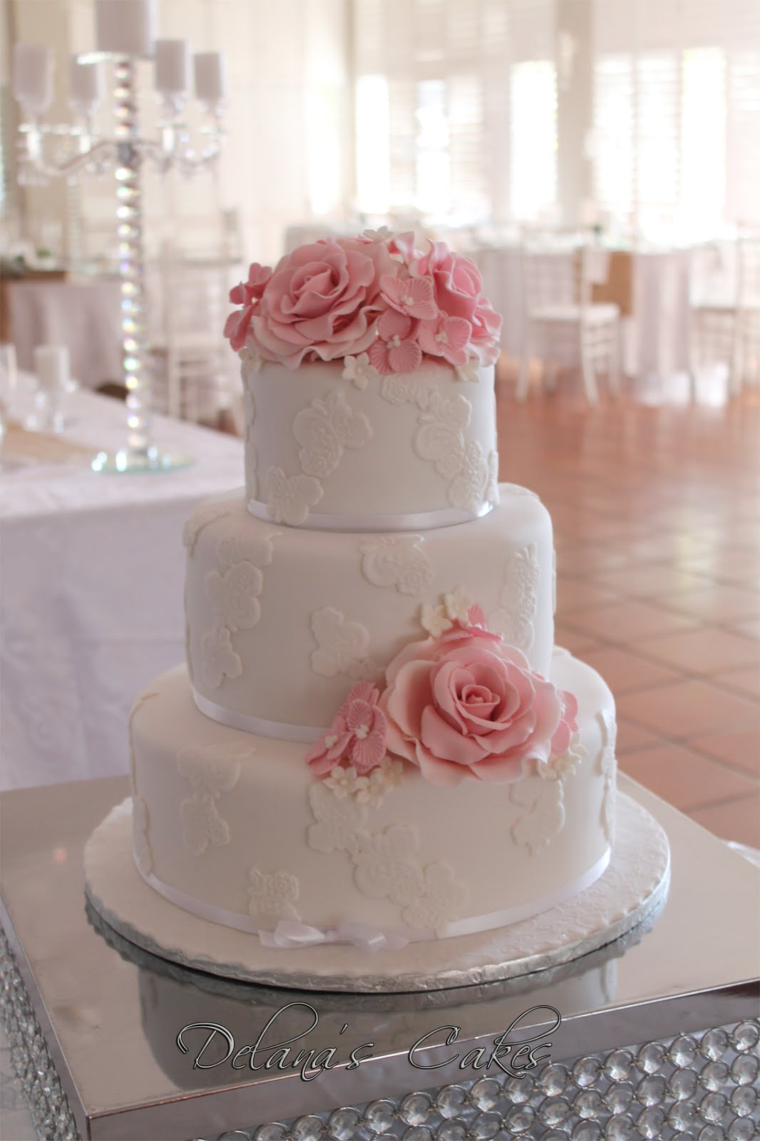 Delanas cakes blush pink and white wedding cake blush pink and white wedding cake mightylinksfo