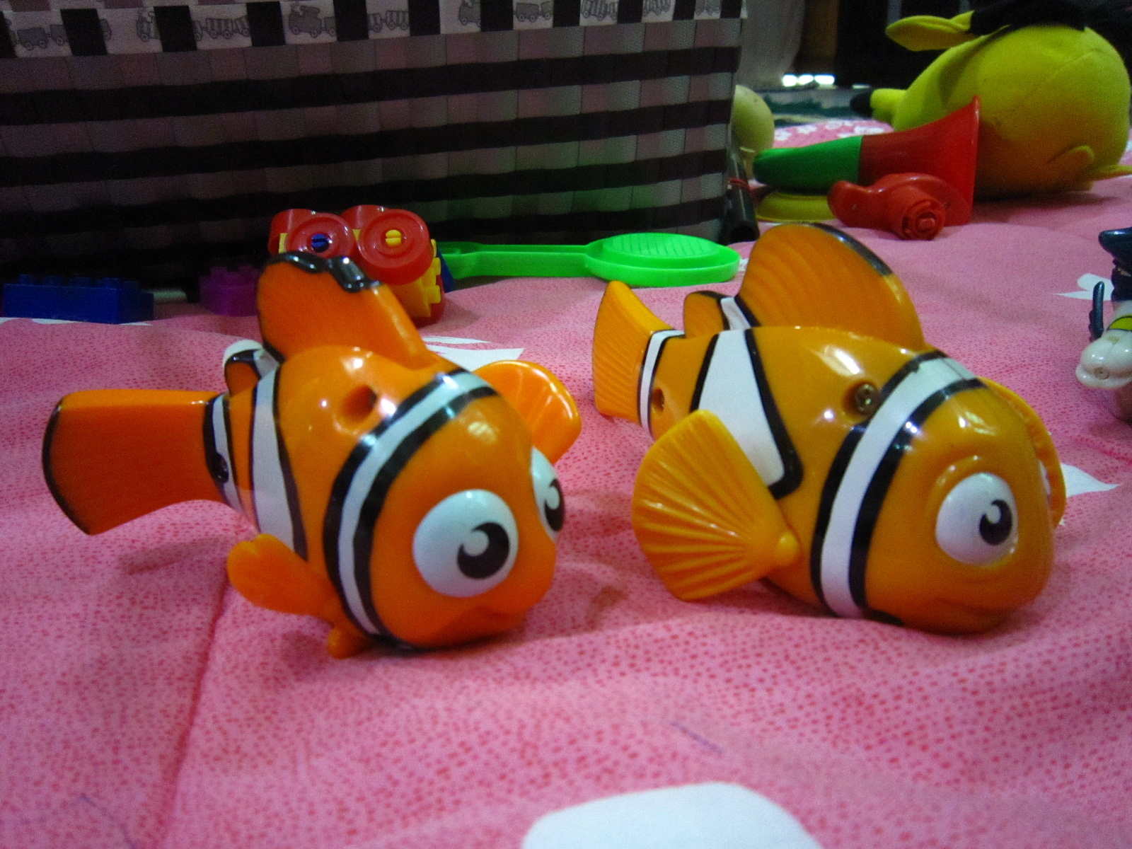 Finding Nemo Toys : Totally toys finding nemo from happy meal