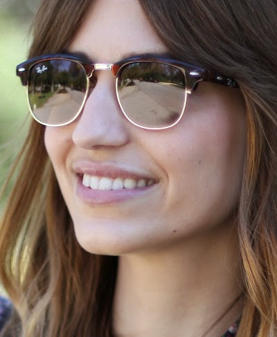 http://www.misterspex.es/gafas-de-sol/ray-ban-clubmaster-rb-3016-w0366-small_f6401814.html