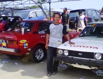 pedok retro relly car