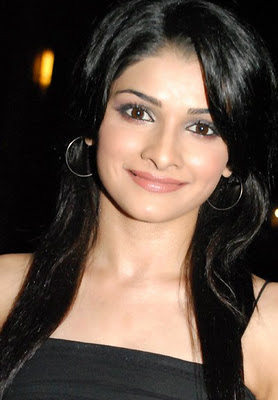 Bollywood Movie Me Aur Mein Prachi Desai Photos, Wallpapers & Pictures